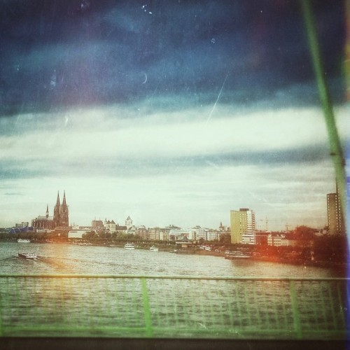 #igerscologne #köln #cologne #dom #rhein #photography #snapseed #iphoneonly