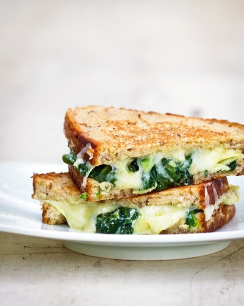spinach artichoke grilled cheese: recipe here