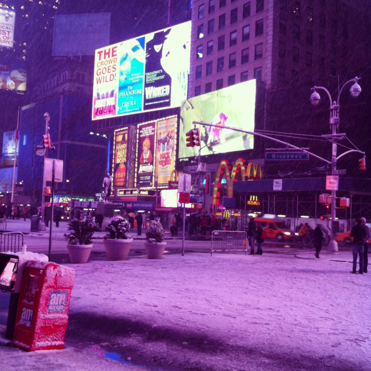 Times Square at night <3