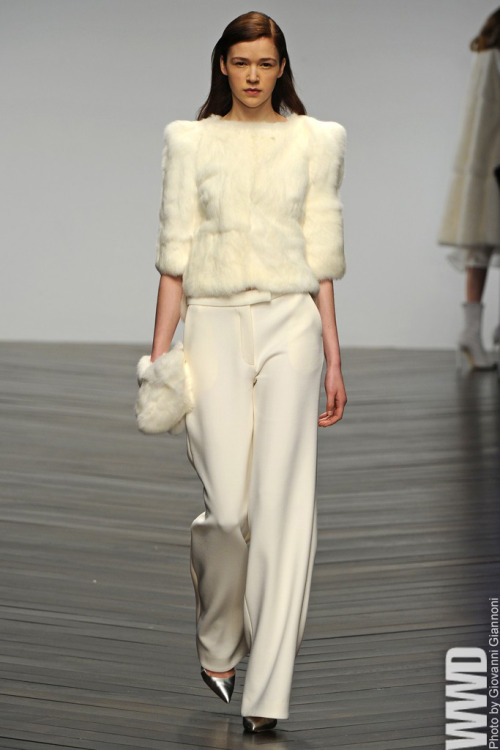 womensweardaily:   Osman RTW Fall 2013