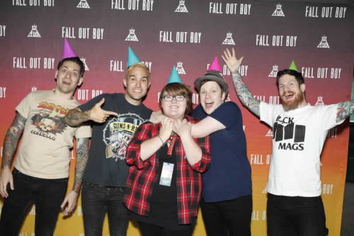How much does it cost to meet and greet your faves popbuzz fall out boy 125 plus ticket m4hsunfo