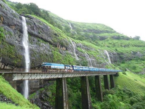 makhijani:  Konkan Railway, Konkan Coast India