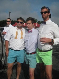 fraternityrow:  skys out, thighs out