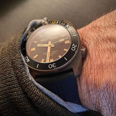 Instagram Repost ralftech_official  Do you remember? 6 years ago… The WRV Automatic 1977 Bronze. Would you like another RALF TECH in bronze? [ #ralftech #monsoonalgear #divewatch #watch #toolwatch ]