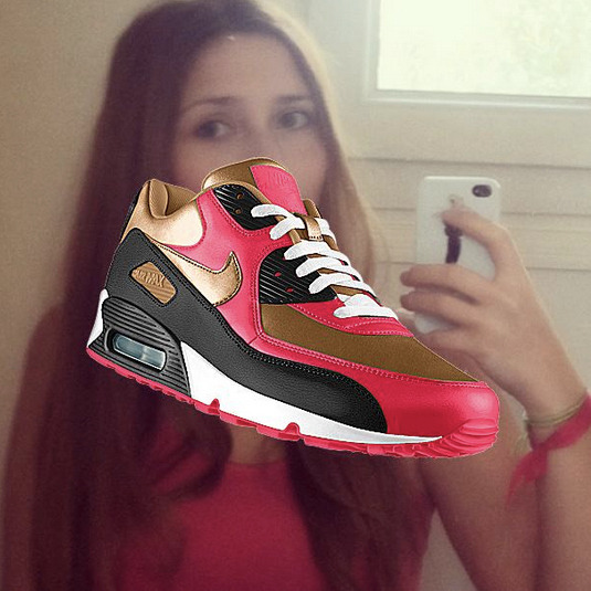 Nike+Instagram - customising your #airmax with your fav selfshot - http://photoid.nike.com/