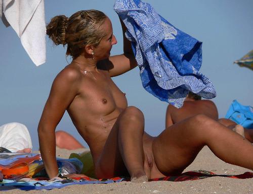 Latina nude beach girls retro fuck picture