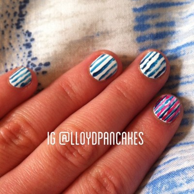Fresh nail art #nails #nailart #stripes #breton