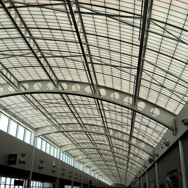 Great North Expeditions™ // #airport #ceiling #design #pattern #infinity #goinghome