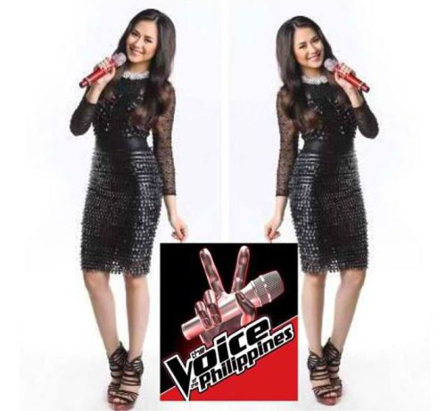 destiny-is-now:  Excited for The Voice of the Philippines, Go Team Sarah ! *woot*  Check out the podcast of the Grand Press Con held today here http://www.abscbnpr.com/   So proud of Sarah. Though you can hear in her voice that she's nervous, she gave really intelligent and honest answers. Di nagpahuli sa ibang coaches. Yeah! \m/   *credits to the owner of the photo*  my crush