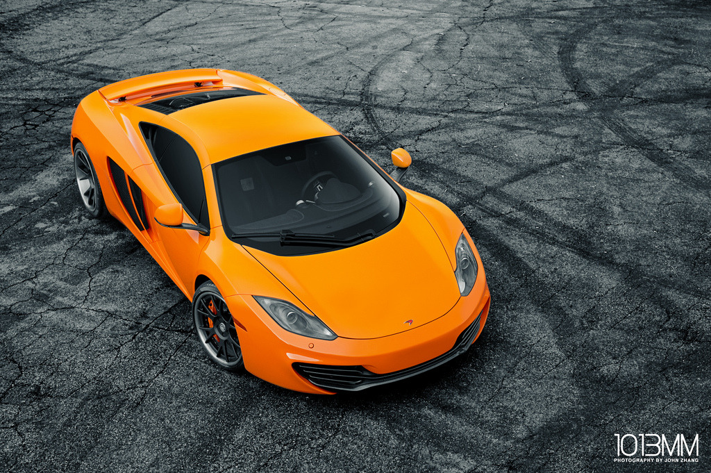 carpr0n:  Fire and dust Starring: Mclaren MP4-12C (by 1013MM)