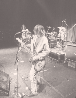 "bam-cobain:   ""It was time for Nirvana play, and Kurt dragged himself up and out of that dressing room, but this guy who looked like death warmed over got onstage and slayed the entire audience, putting on as good a show as you could ever want to see. Their raw energy, their musicality, their song selection, they were like a chain saw cutting through the night."" - Anthony Kiedis, ""Scar Tissue,"" pages 287-288.  wow."