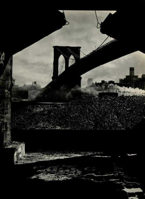 Alexander Alland. The Old Bridge, South Street, New York City