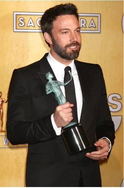 It was a big night for Ben Affleck at this year's SAG Awards! Click the pic to read all about it and to see the list of the 2013 SAG Award winners!