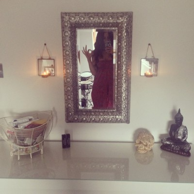 clorebecca:  In love with my chilled out dressing table 👌🙌🌙✨