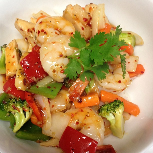 From Gastroposter Victoria Galaski:  Sweet chili shrimp stir fry - my special of the day :)