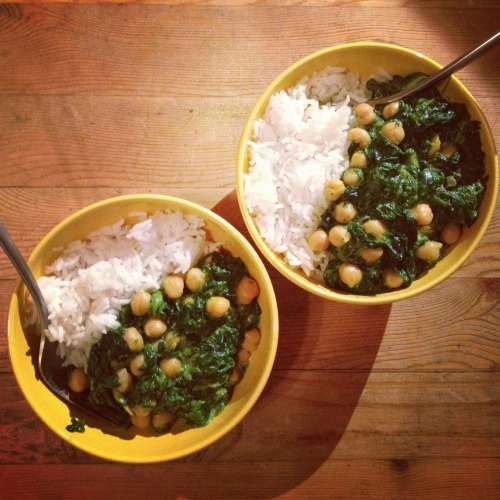 rice, spinach saag and chickpea