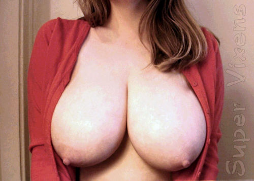 What day is it? Titty Tuesday, of course! #tittytuesday #vixpix