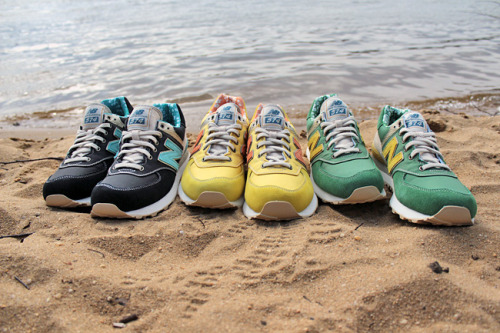 "Surfin' U.S.A. New Balance 574 ""Surfer Pack"" The New Balance 574′s pack comes in a suede, nylon, and hemp upper that perfect for the beach. The Hawaiian imprints in the insole give it that surfer feel. You can hang loose with these kicks. Cop at Extra Butter NY."