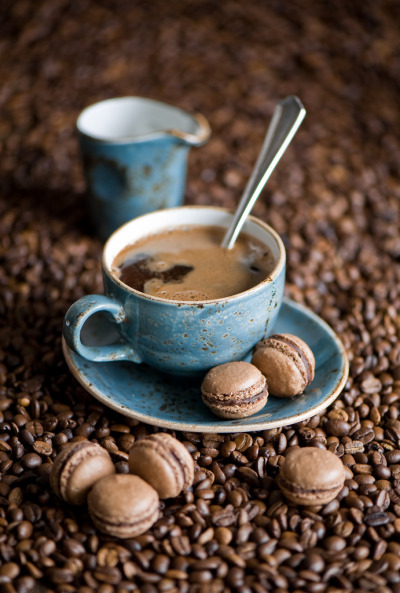 theantidote:  Coffee and Macarons