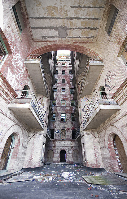 The Divine Lorraine 2012. by porc3laind0ll on Flickr.