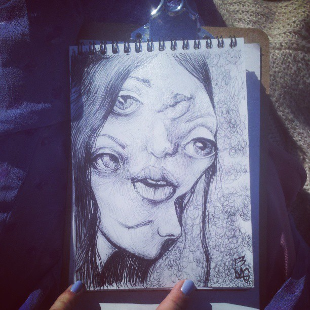 maryellengroundwater:  Doodling in the park  one of my favourite artists and i have the pleasure of knowing her