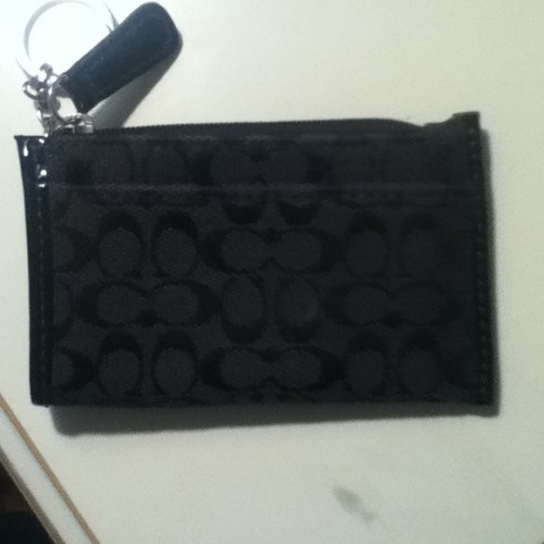 I just added this to my closet on Poshmark: Authentic Coach Coin Purse. (http://bit.ly/131rl6R) #poshmark #fashion #shopping #shopmycloset
