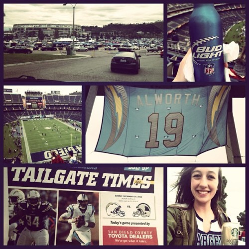 Betcha can't guess what I'm doing today 🏈⚡ #chargersgame #bolttime #awesome #familytime @jessicafasho #dadneedsaninstagram