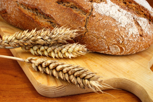 Gluten-free: What's all the fuss about? Should you remove gluten from your diet? Depends on what (if any) symptoms you have.