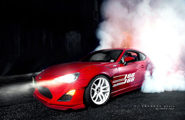wellisnthatnice:  darren's frs putting it down by zandbox photo on Flickr.  Good times that night.