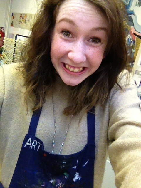 I totally do art, and didn't just put the art apron on to look artsy… nope not me