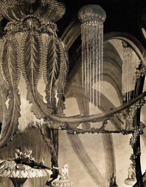 oldhollywood:  The undersea 'Realm of Glass' set from The Thief of Bagdad (1924, dir. Raoul Walsh) Art direction by William Cameron Menzies. To prepare the set for the underwater world, a family of artisans spent three months hand-blowing the required glass pieces. (via)