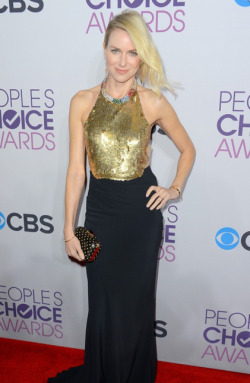 2013 PEOPLE'S CHOICE AWARDS - 'I AM STARSTRUCK'S BEST DRESSED 2ND PLACE: NAOMI WATTS  2013 has sure kicked off with a fabulous start in Hollywood, with the 2013 People's Choice Awards taking place today. The hottest stars in tinsel town attended the event at the Nokia Theatre in Los Angeles and we assure you that there was plenty to see when it came to the hot frocks and shocks in the fashion stakes! Here are the hottest red carpet photos for YOUR viewing pleasure! Image Source: Just Jared