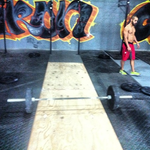 Thruster Ladder… And turned into 1 rep max Clean! Jaja #crossfit @emanuu19 @chrisgabriel12