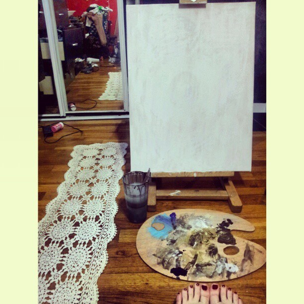 I found this pretty lace table runner so I'm gonna paint it. #art #canvas #lace