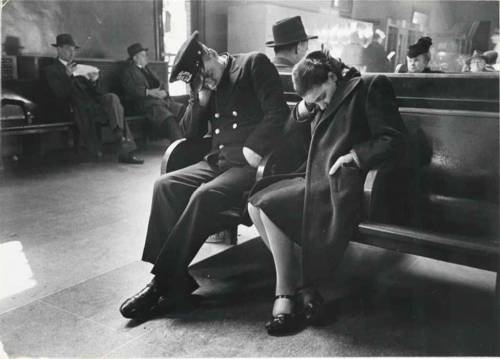 poboh:  Sleeping Passengers, Greyhound Bus Terminal, New York City, ca 1949, Esther Bubley. American (1921 - 1998)