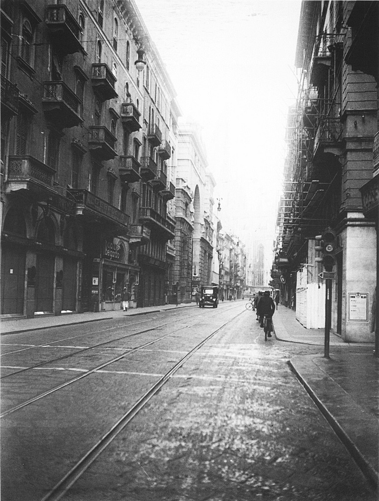 Milan, 1930 ca (by Milan l'era inscì)