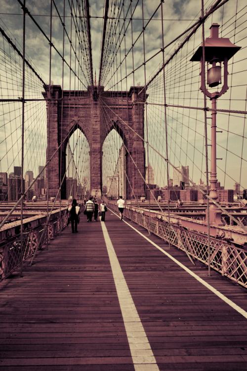 Brooklyn Bridge. New York.