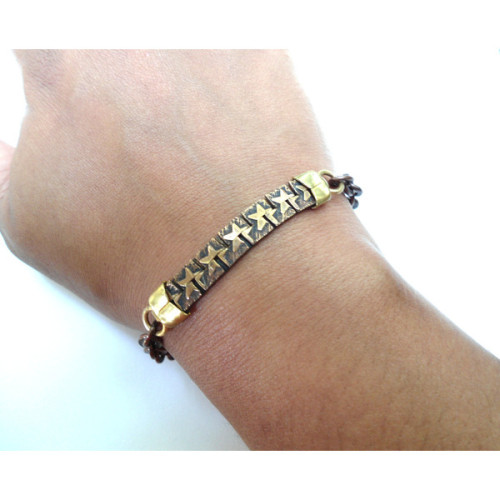 Bracelet Stars Chain Link layering Stacking by SimoneSutcliffe   (clipped to polyvore.com)