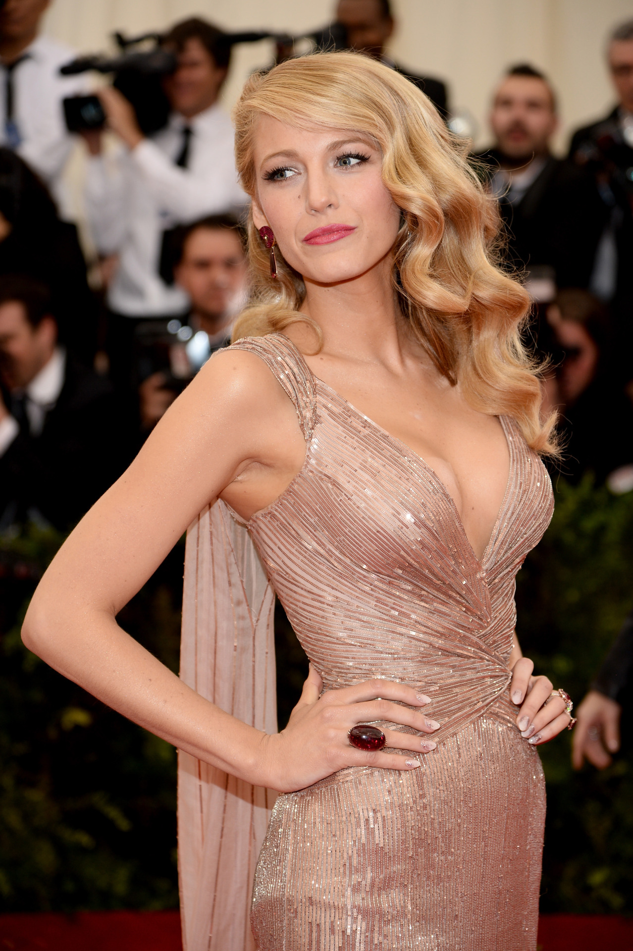 2014's 6 Most Elegant Red Carpet Hairstyles for Long Hair