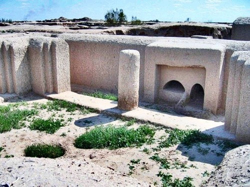 "bluedodi:  Ancient Mysteries Revealed in Turkmenistan Desert Around 2000 BCE, Gonur-Tepe was the main settlement of the Margush or Margiana region, that was home to one of the most sophisticated yet little-known Bronze Age civilisations. The fortress town lay buried for centuries under the Kara Kum desert in remote western Turkmenistan, until uncovered by celebrated Soviet archaeologist Viktor Sarianidi in the last century. Sarianidi, now aged 84, is about to spend another summer working on the site. The ruins are the centrepiece of a network of towns and settlements in the delta region of the river Morghab, which flows through Turkmenistan from its source in Afghanistan. Just 50 kilometres from the ancient city of Merv, outside the modern city of Mary, the ruins are an indication of the archaeological riches of Turkmenistan. Covering some 30 hectares, from the air the former buildings of the huge complex look like a maze in the desert, surrounded by vast walls. It would likely have been home to thousands of people. The town's artisans did metal casting, made silver and gold trinkets, created materials for cult worship, and carved bone and stone. ""It's amazing to what extent the people possessed advanced techniques,"" said archeologist Nadezhda Dubova. ""The craftsmen learned how to change the form of natural stone at a high temperature and then glazed it so that it was preserved.""  ""This year, Gonur has given us another surprise, a fantastic mosaic,"" she added, noting that such an object pre-dated the standard era of mosaic-making in Greek and Roman antiquity. Turkmenistan remains one of the most isolated countries in the world but still sees a trickle of foreign tourists every year, mostly on organised special-interest tours. Edited from Agence France-Presse (6 April 2013)"