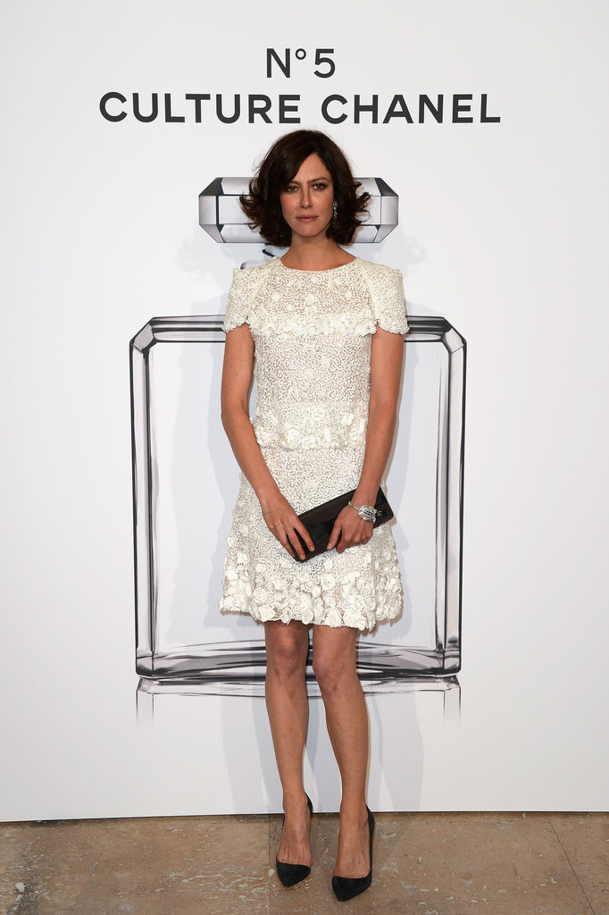 mirnah:  Anna Mouglalis at the N°5 Culture Chanel exhibition in Paris.