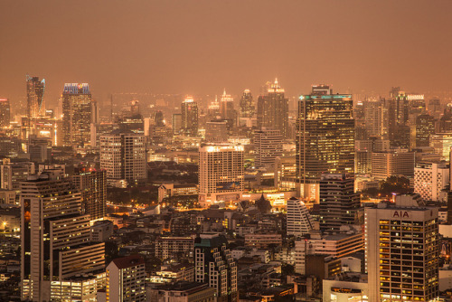 unscened:  Bangkok Haze by manuelm on Flickr.