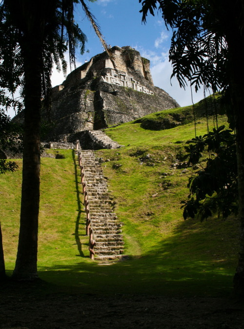 visitheworld:  El Castillo mayan pyramid at Xunantunich in western Belize (by Tall KiD).