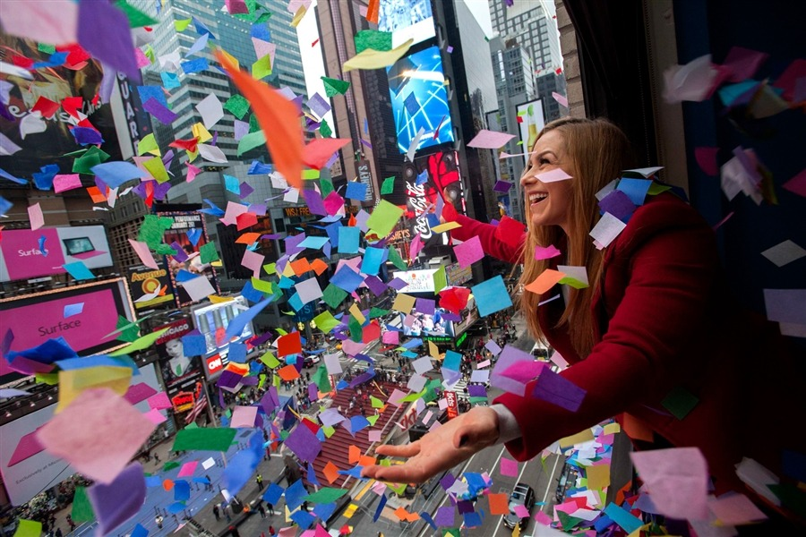 Confetti flies during countdown test in Times Square (via PhotoBlog)