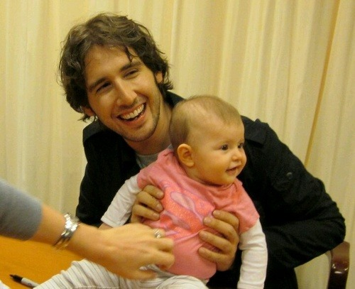Another photo of Josh Groban with a baby. It's safe to say my ovaries are gone.