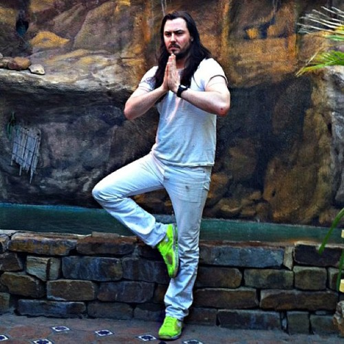 andrewwk:  THIS COUNTS AS PARTYING.