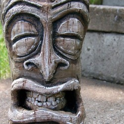 98bottlesblog:  Tiki dentist for hire