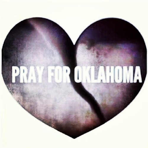 iampeaceloveworld:  #prayforoklahoma #peaceloveworld #peace #prayers #oklahoma #love #spreadthelove