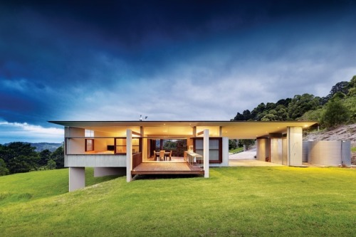 foxground valley house ~ fergus scott architects