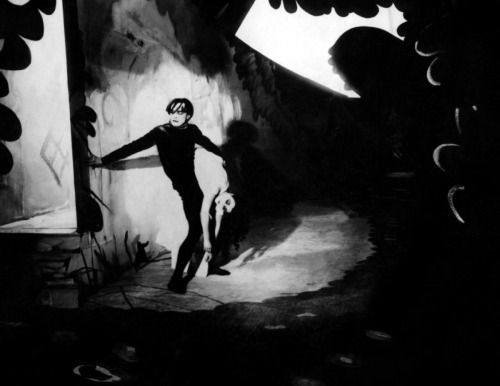 #104 Das Cabinet Des Dr. Caligari, Directed by Robert Wiene (1919).